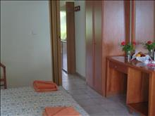 Elea Beach Hotel: Bungalow