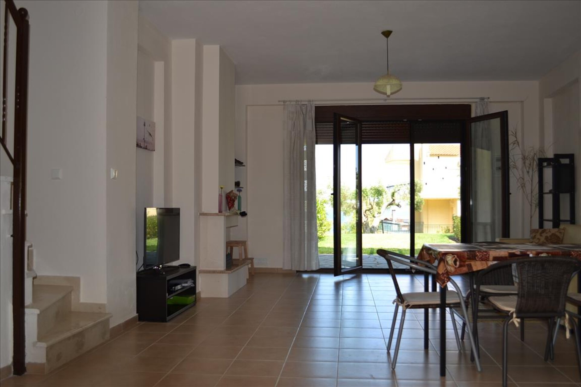 2 bedroom Maisonette in Solina  RE0215